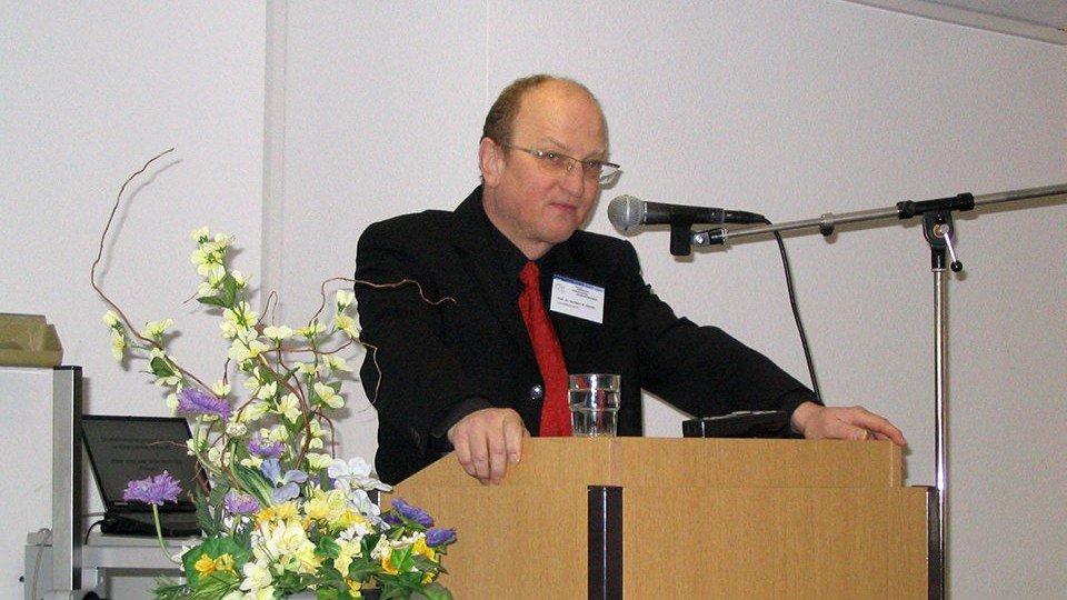 Prof. Dr. Heribert Gärtner: Wie bekommen wir den Versorgungsschlendrian in den Griff?