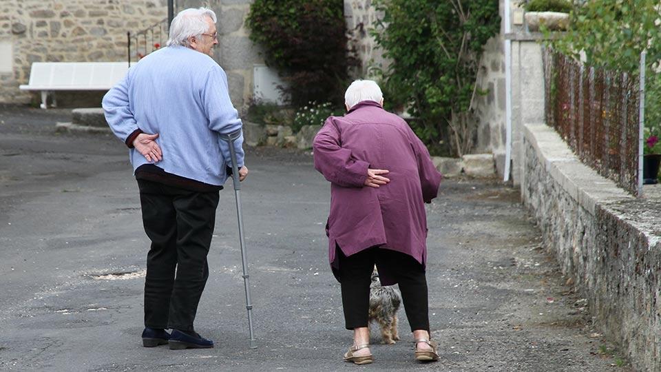 Der altersbedingte Sturz – wie kann er vermieden werden?