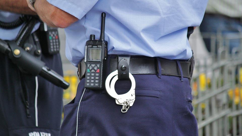 Bundesregierung beschließt besseren Schutz von Polizei und Rettungskräften