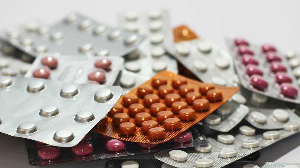 Montgomery sieht das Urteil des EuGH zur Abschaffung der Arzneitmittelpreisbindung kritisch.