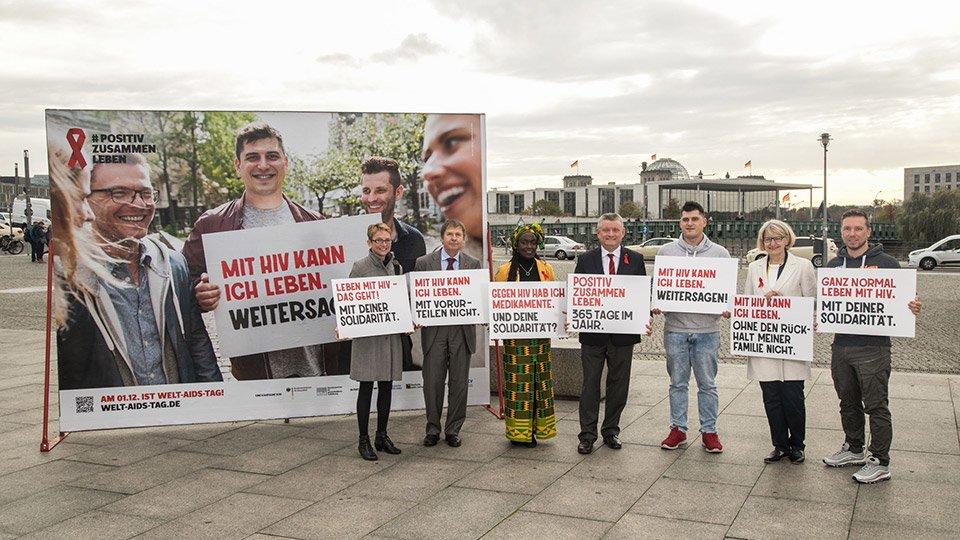 Informationskampagne zum Thema HIV/ AIDS.