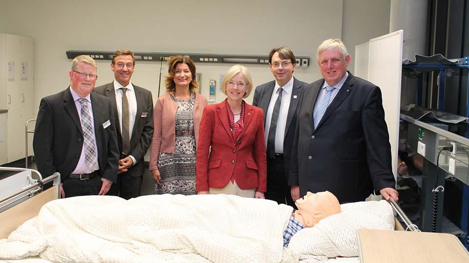 NRW-Gesundheitsminister Laumann zu Besuch bei der Hochschule für Gesundheit Bochum.