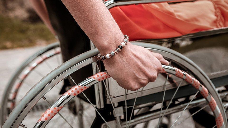 Auch mit Behinderung ist eine Karriere im Gesundheitswesen durchaus möglich.