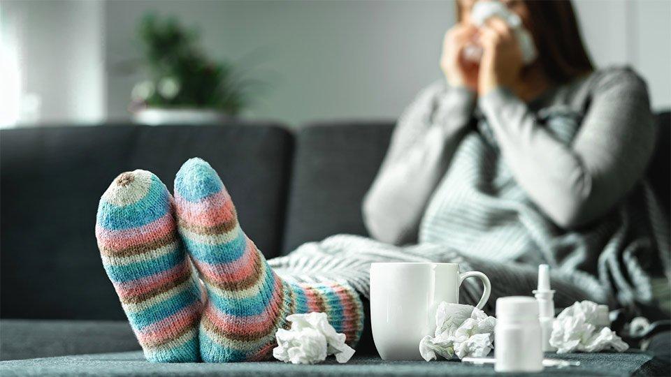 Ein Alptraum für jeden Arbeitnehmer: Im lang geplanten Urlaub wird man plötzlich krank.
