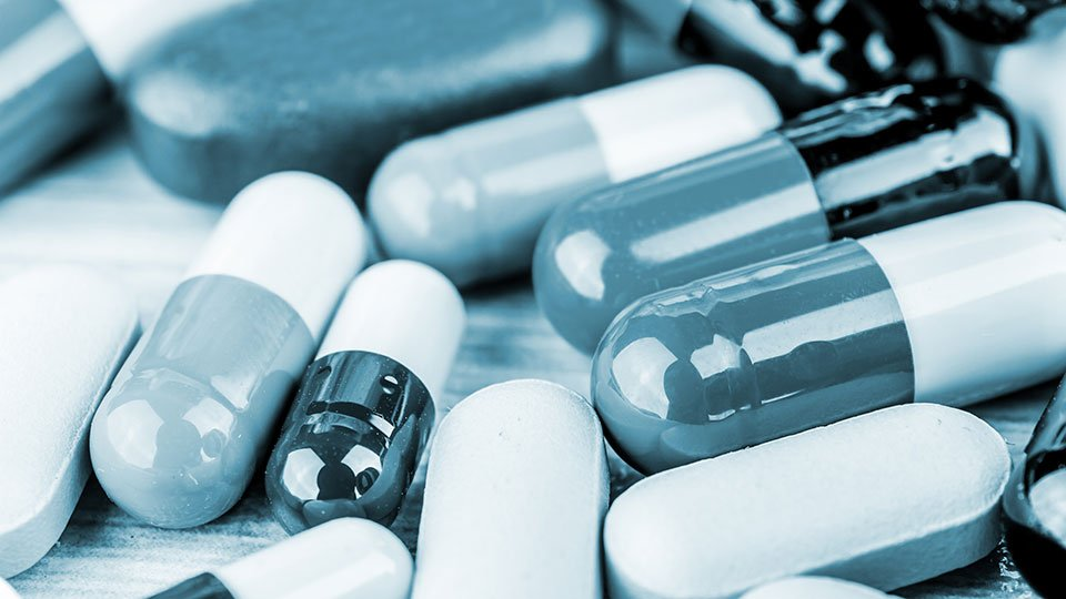 Bayern setzt sich für einen geringeren Einsatz sedierender Psychopharmaka bei Heimbewohnern ein.