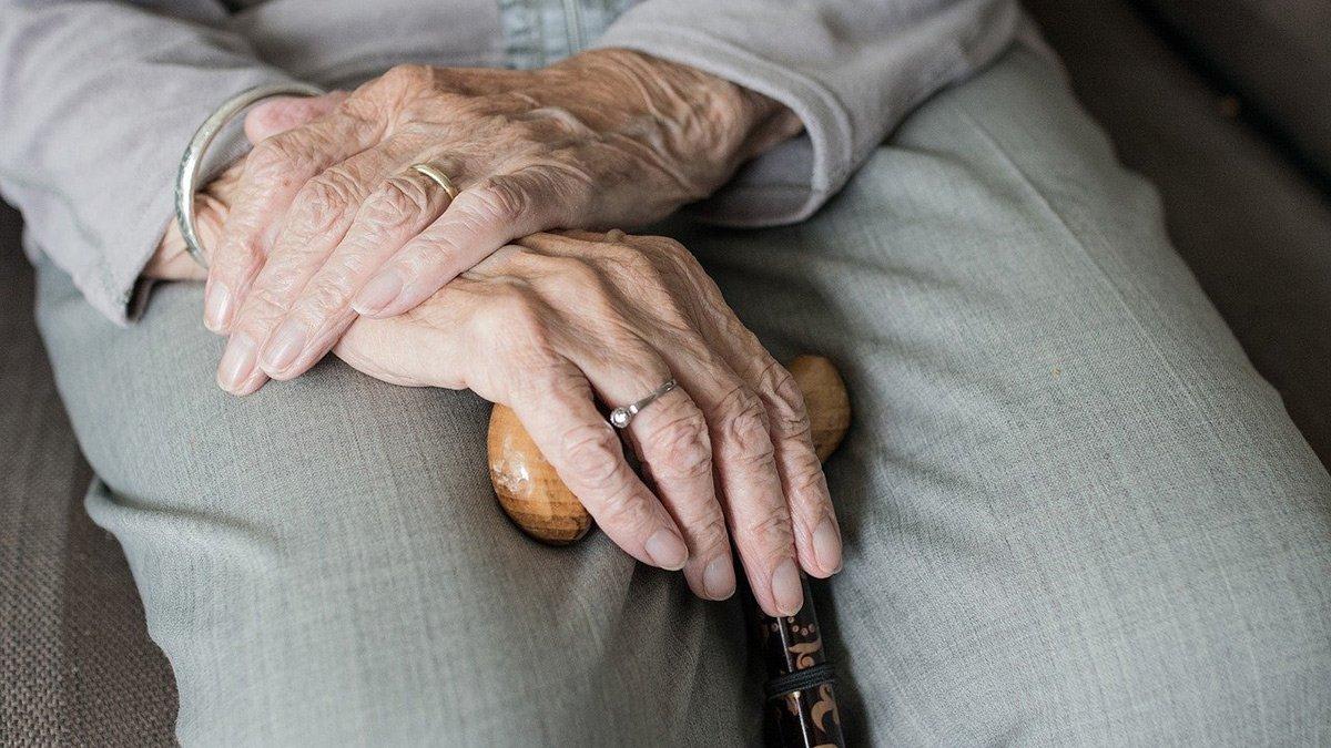 Nach dem negativen Votum der Caritas wird es keinen einheitlichen Branchentarifvertrag für die Altenpflege geben.